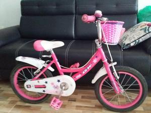Se vende bicicleta para nia color rosado telfono