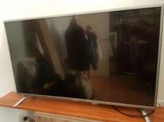 SMART TV DE 47 PULGADAS USADO FUNCIONANDO WIFI Y TDT