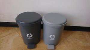 Papelera de Pedal Y Tapa Reciclaje