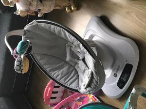 4moms mecedor para bebs se maneja con el celular