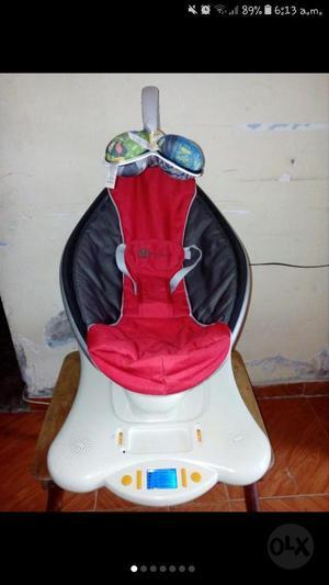 Silla Marca Moms para Bebe Eléctrica