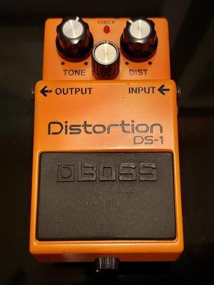 Pedal Distorción Boss Ds1