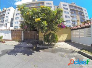 Casa en Villa del Prado mls18-657RCD