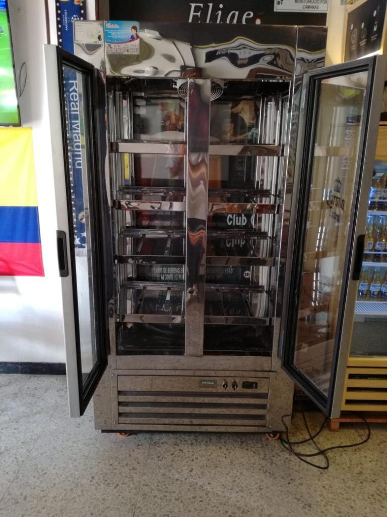 Vendo Nevera Refrigerador de 2 Puertas