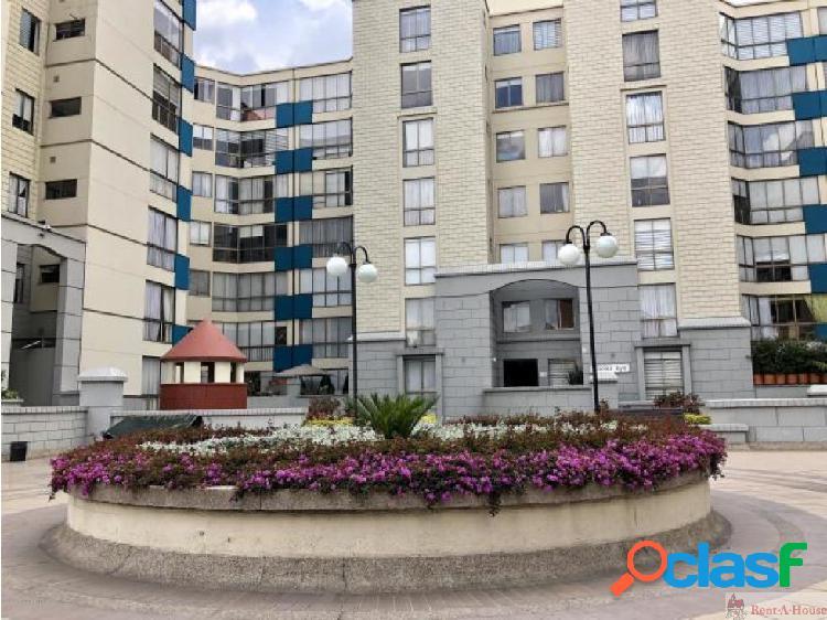 Apartamento en Venta en Cedritos MLS 18-568 FR