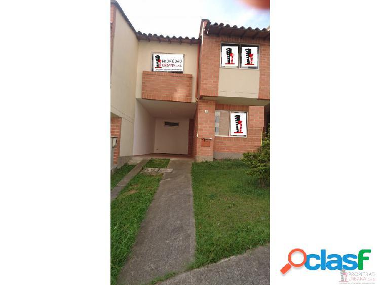 Casa en arriendo en Sabaneta, La Doctora
