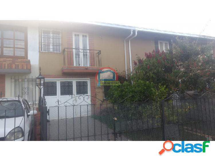 Casa en el barrio La Aldea en La Ceja