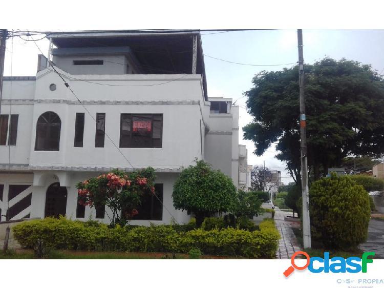 Se vende casa Barrio Las Mercedes Palmira