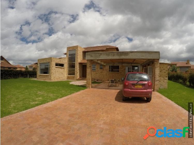 Vendo Hermosa Casa en Cajica