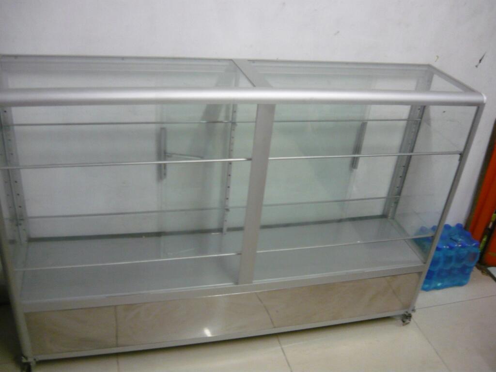 Vendo O Cambio Vitrina en Aluminio 150