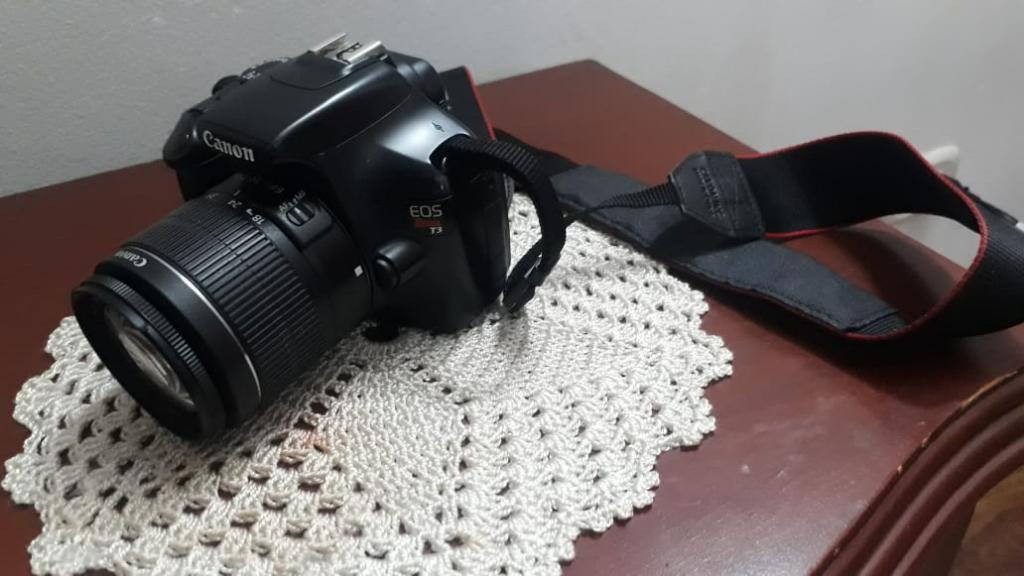 Camara Digiltal Canon Eos Rebel T3