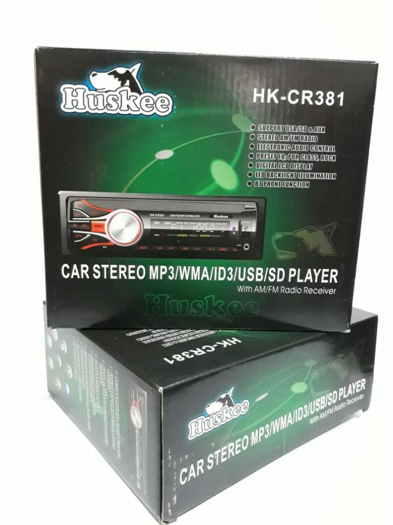 Radio para Carro Marca Huskee. Nuevo