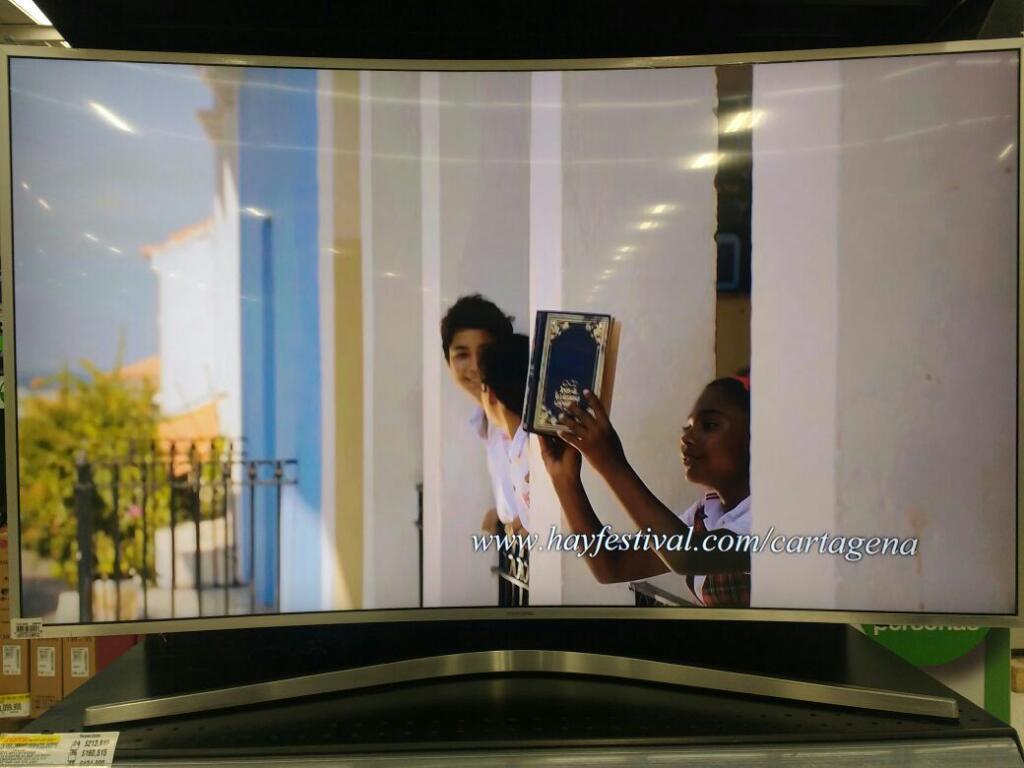 Televisor Smart Curvo de 55 Uhd 4k