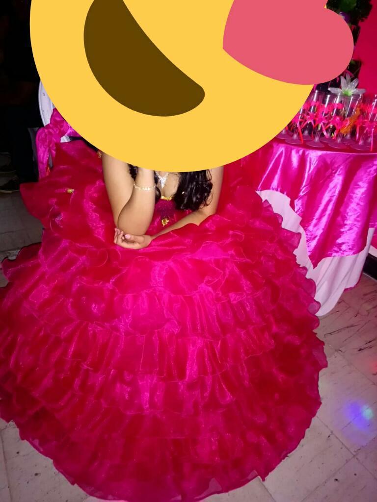 Vendo Vestido de 15 Años Unica Dueña.