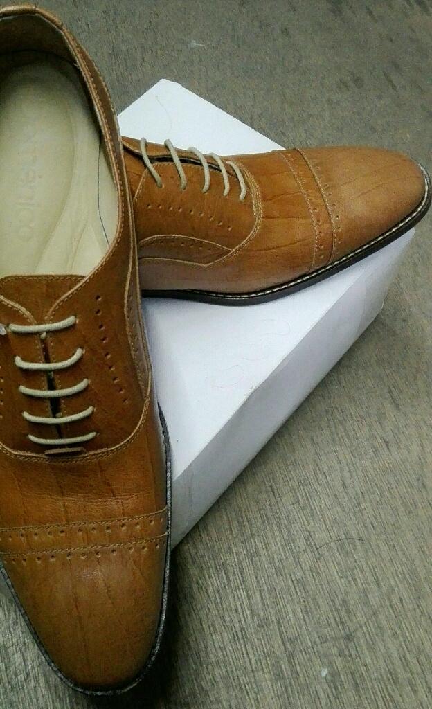 Vendo Zapatos Nuevos en Cuero Talla 40
