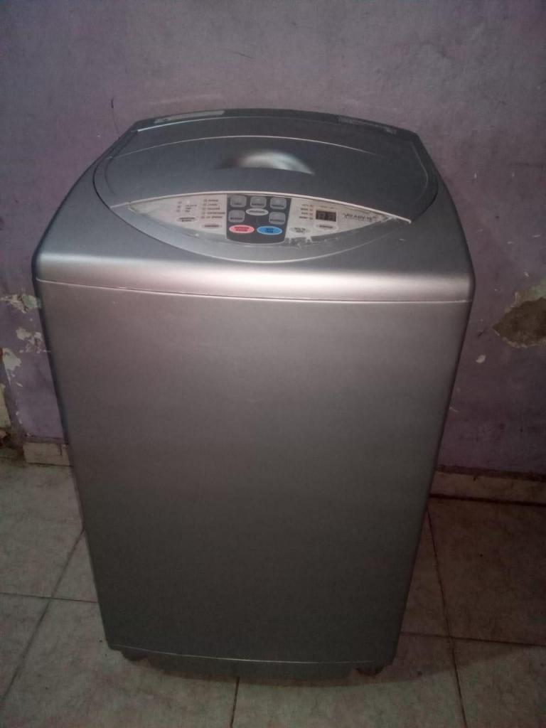 lavadora haceb de 19 libras en perfecto estado estado