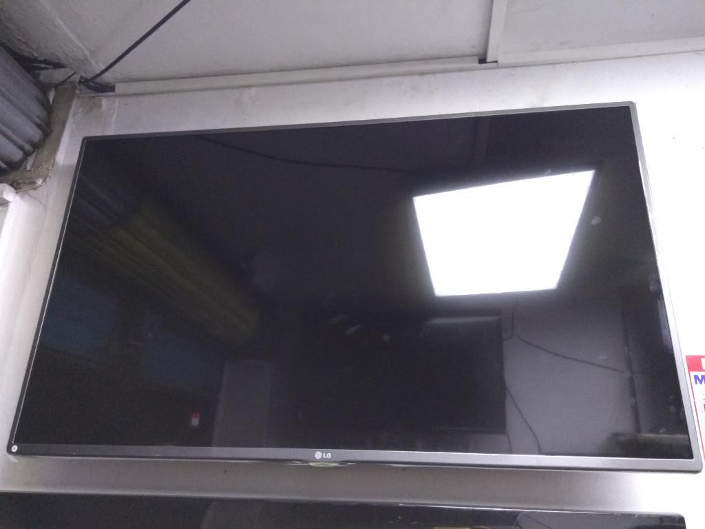 Lg Smart Tv Led Wifi Ganga. 47