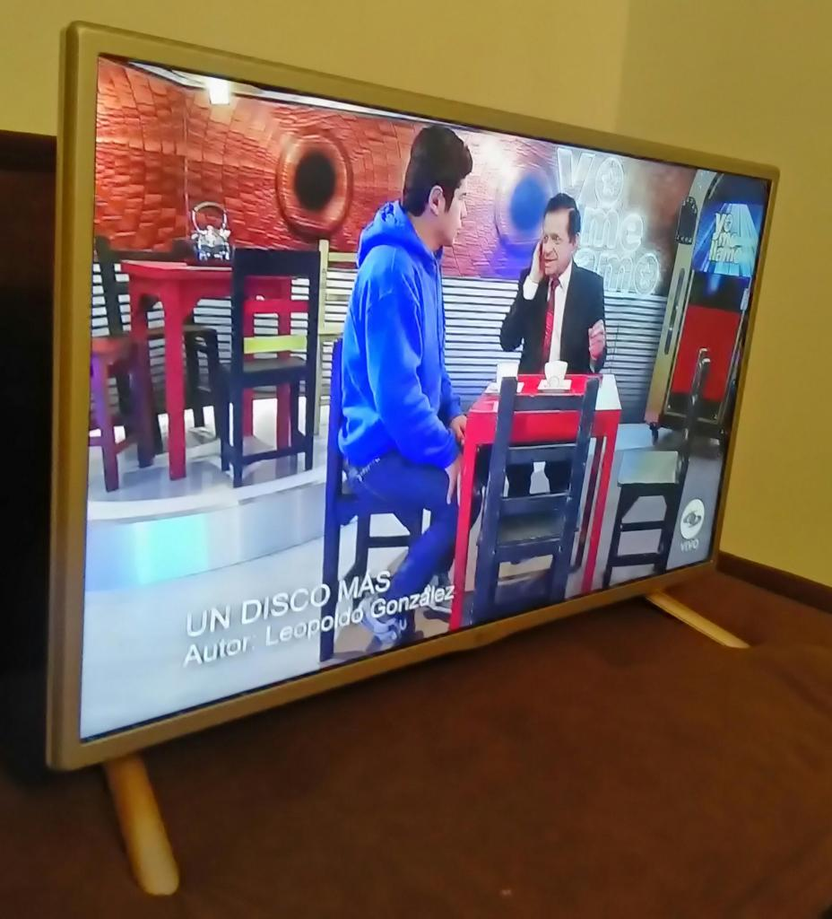 Televisor led de 32 pulgadas EDICIÓN ESPECIAL BLANCO con
