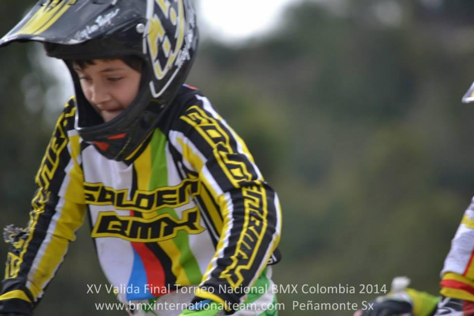 CLUB DE BICICROSS GOLDEN BMX