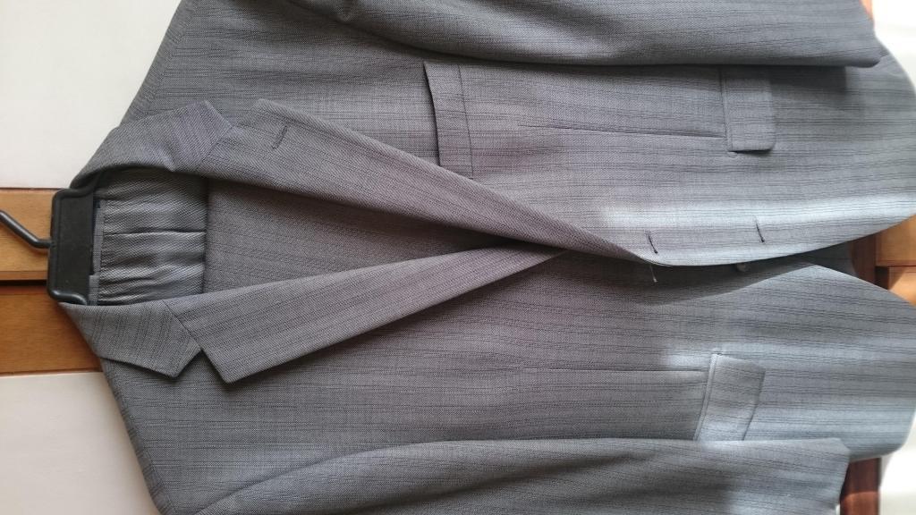 Saco y pantalon formal marca Arturo Calle sin usar, sin
