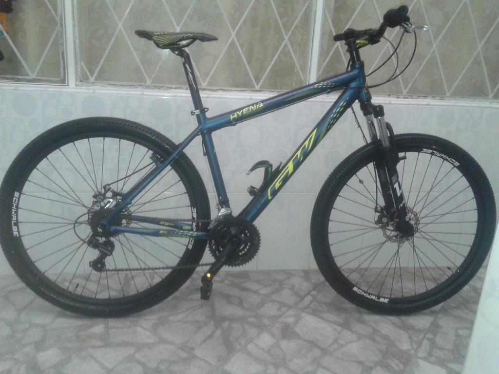 BICICLETA GW Hyena rin 29 modelo