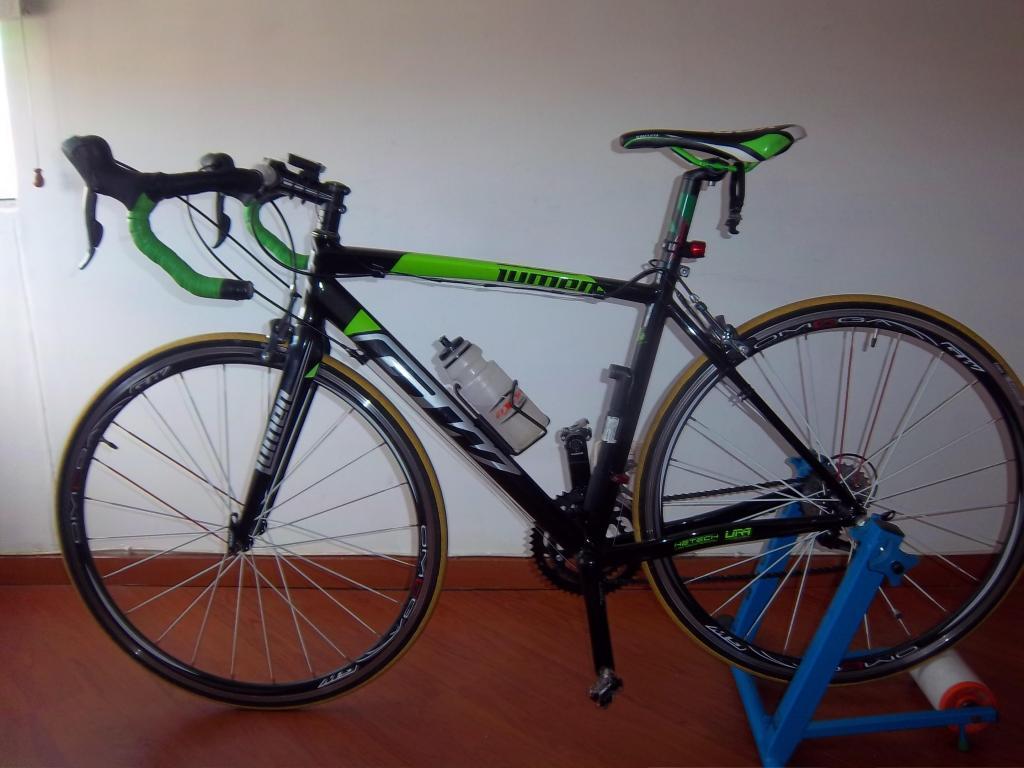 Incomparable bicicleta de ruta GW VENDO.