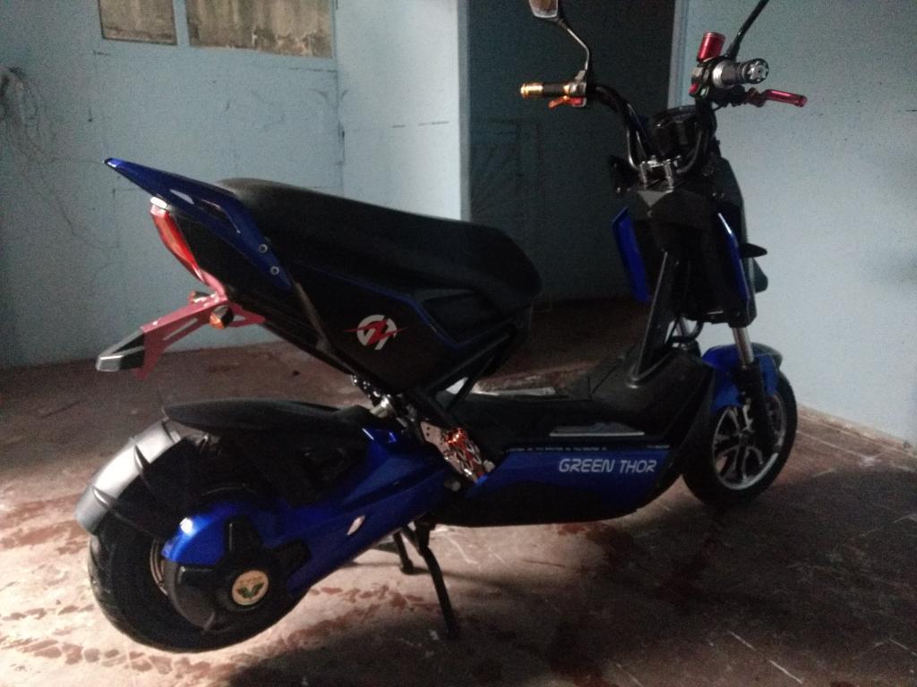 Vendo O Permuto Moto Electrica Yadea.