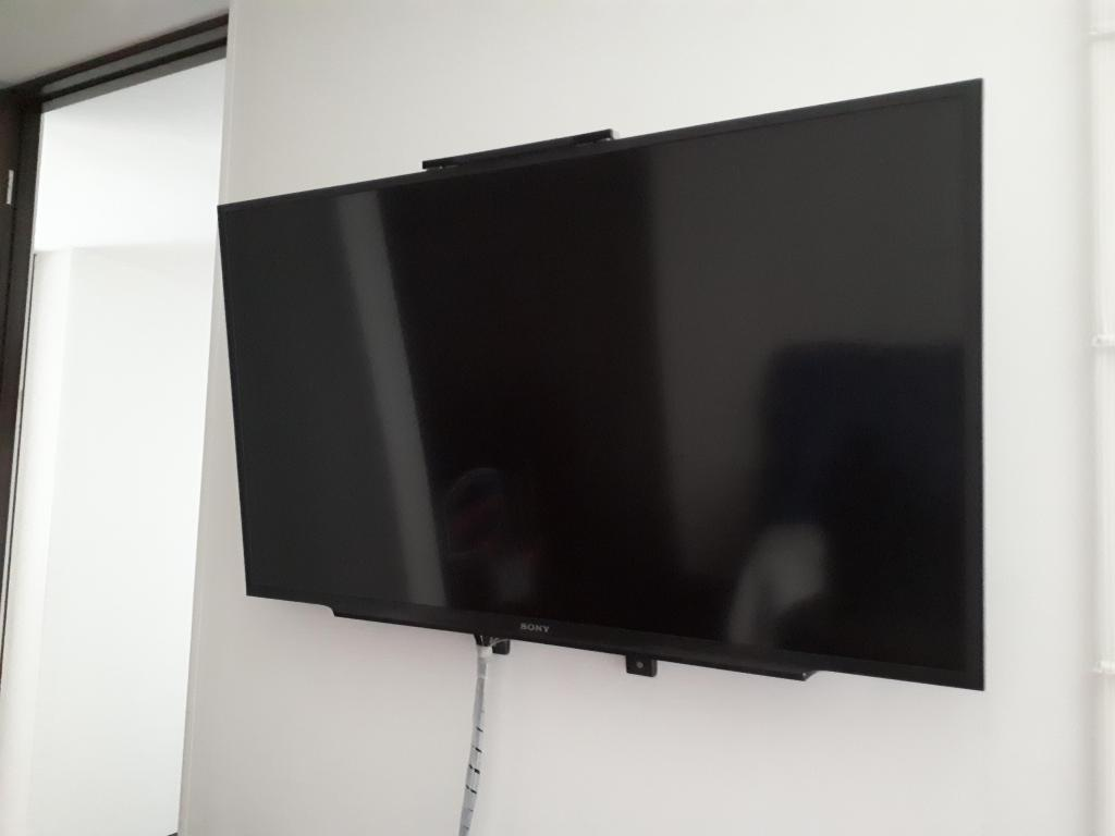 Televisor Sony LED Full HD Smart TV 40