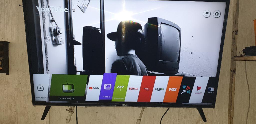 Vendo Televisor Led Lg de 43 Smart Tv