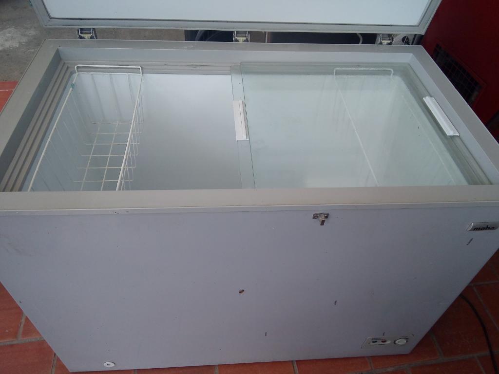 Tanque Congelador Y Refrigeración 210lit