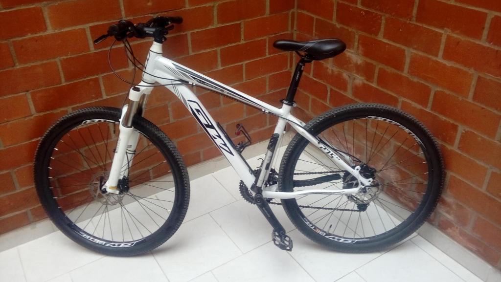 Bicicleta todo terreno Rin 27.5 talla L Excelente