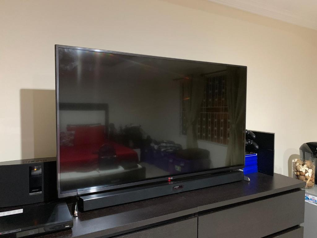 "Smart Tv 3d Lg 50"" (linea Rosa Pantalla)"