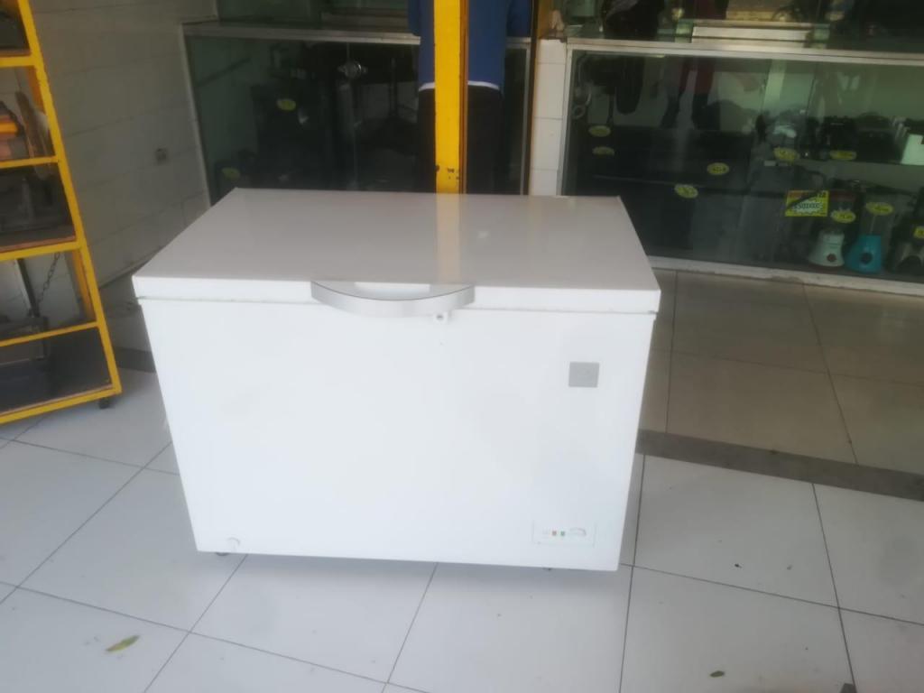 CONGELADOR ELECTROLUX 318 LITROS
