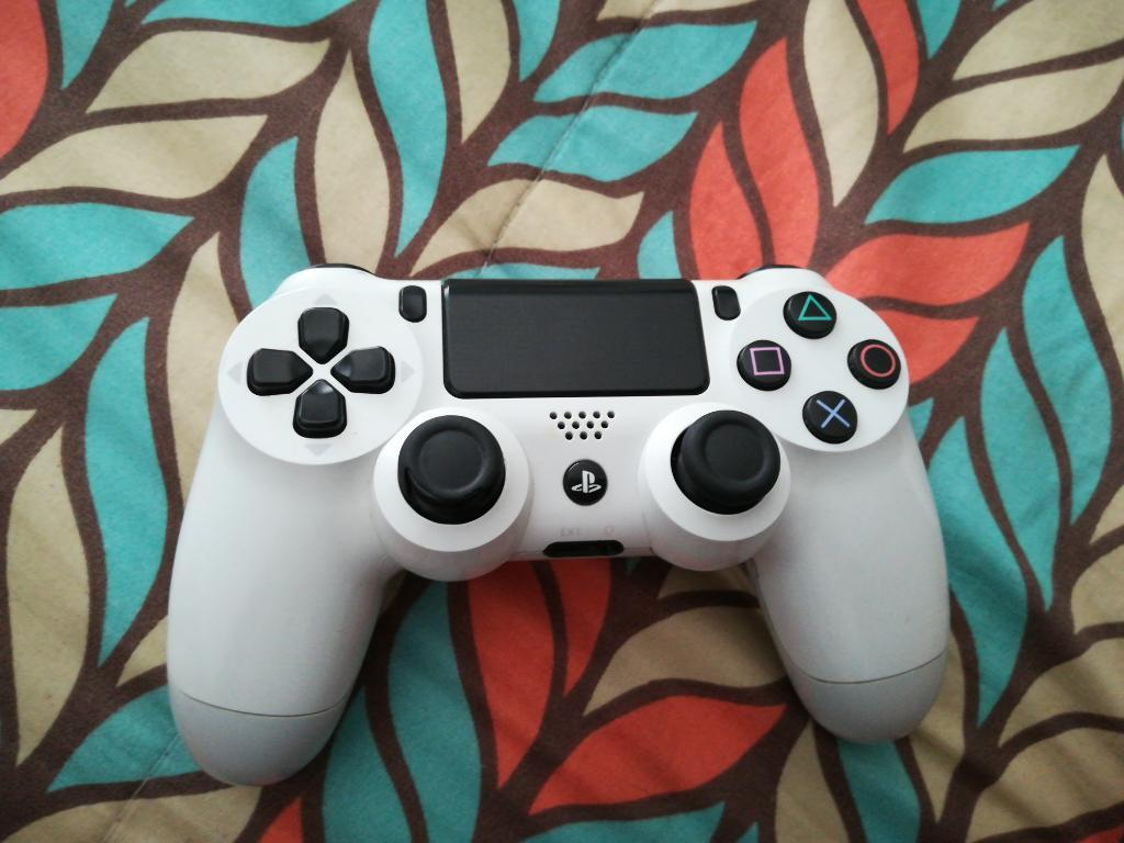 Vendo Control de Ps4 Blanco