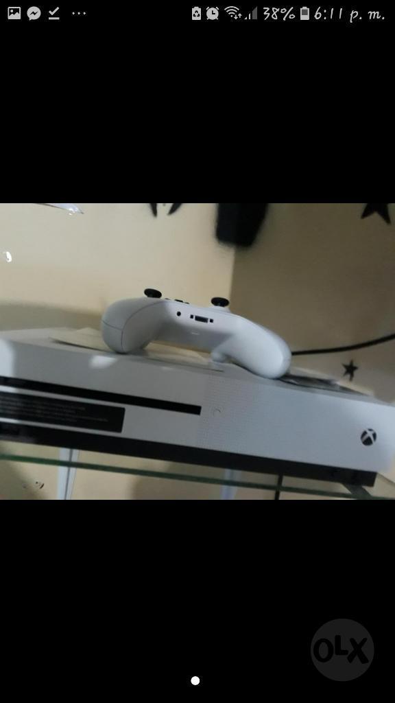 Vendo Xbox One con Dos Controles