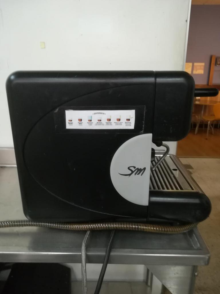 Cafetera espresso marca San Marco para ser reparada o usada