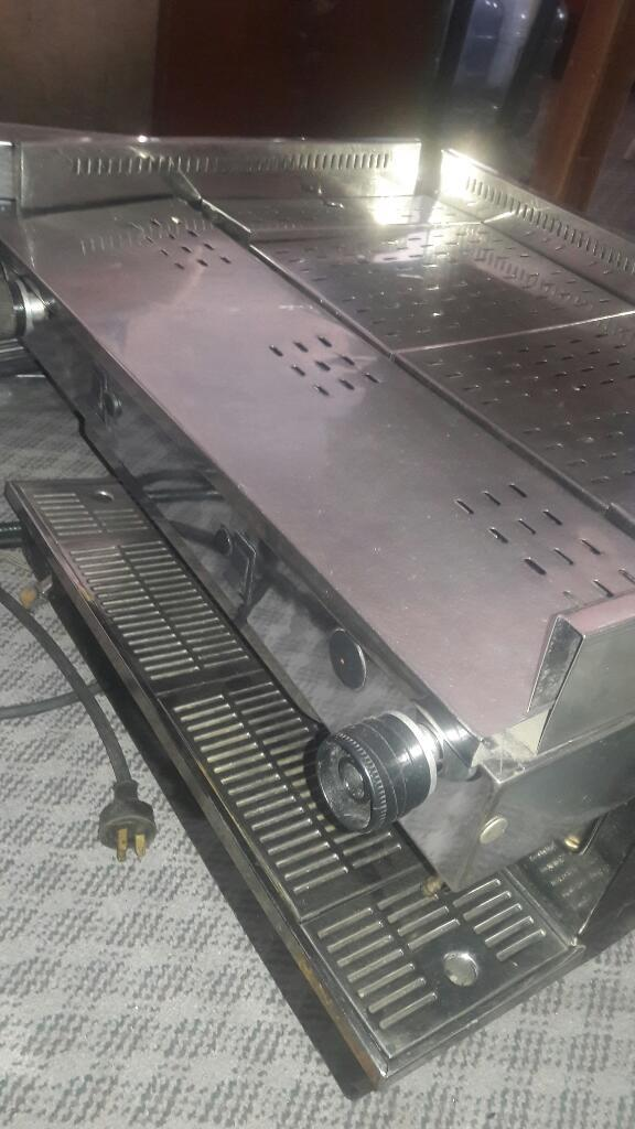 Maquina de Cafe Express con Molino