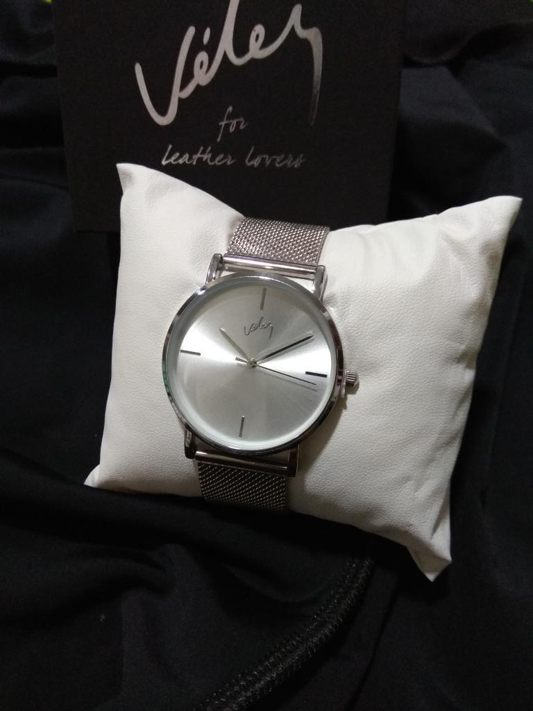 Reloj Vélez Nuevo Original