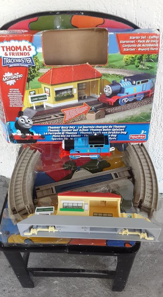 Tren Tomas $= motorizado marca fisher price, en su