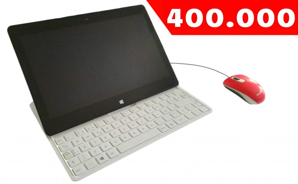 Laptop LG Tablet, Procesador Intel Atom, 2GB de RAM mas