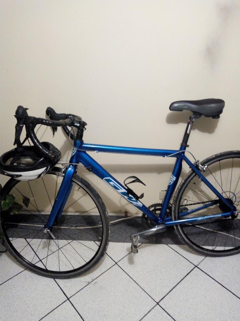 Bicicleta de Carreras en Aluminio