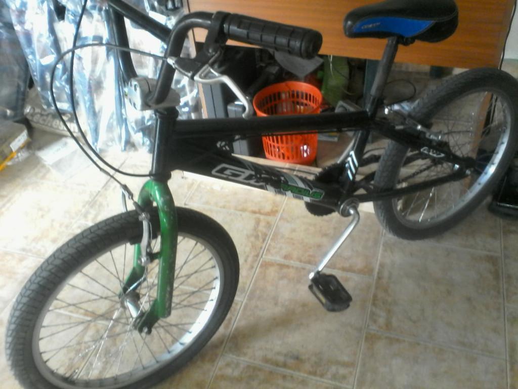 Vendo Bicicleta Gw Bmx