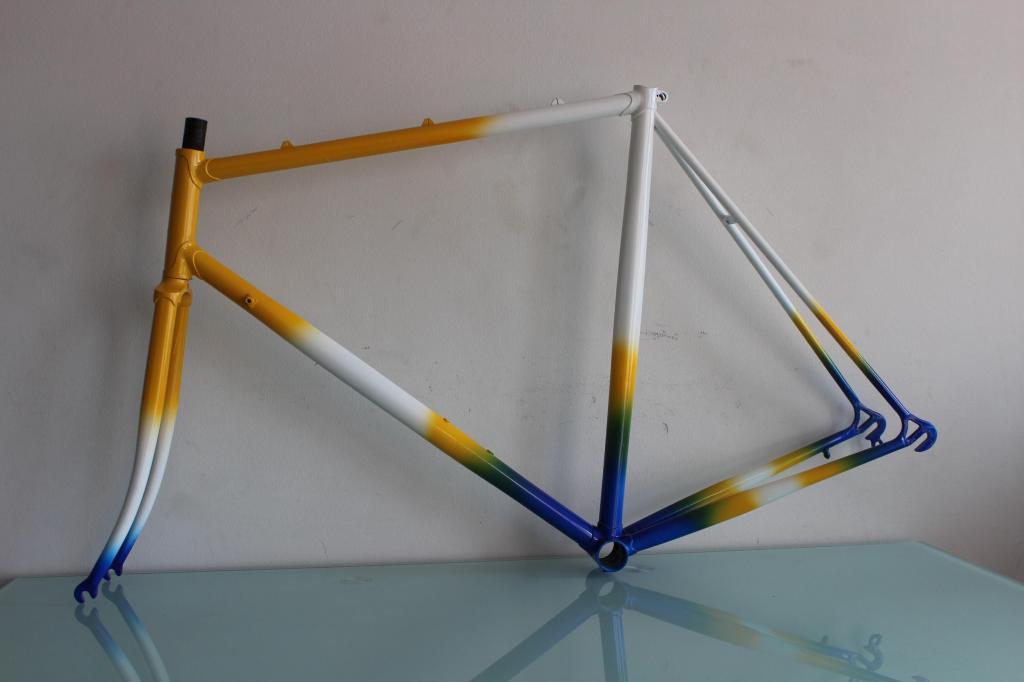 marco aerodinámico bicicleta de carreras