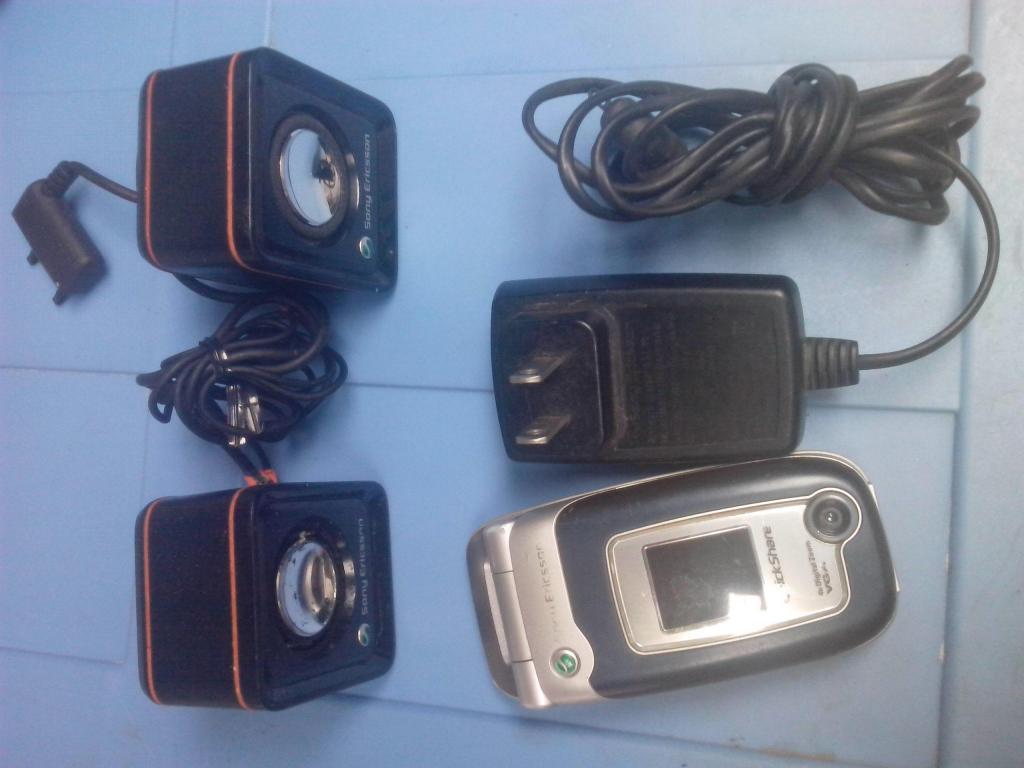 celular clasico sony ericsson z520 retro vintage