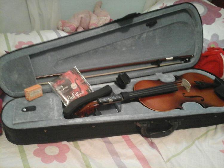 Se Vende Violin 4/4