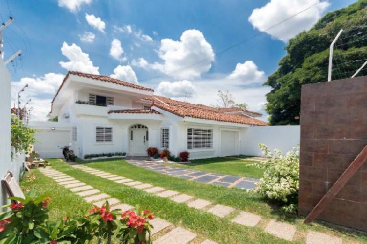 Cod. ABKWC10401361 Casa En Arriendo En Cali Ciudad Jardín