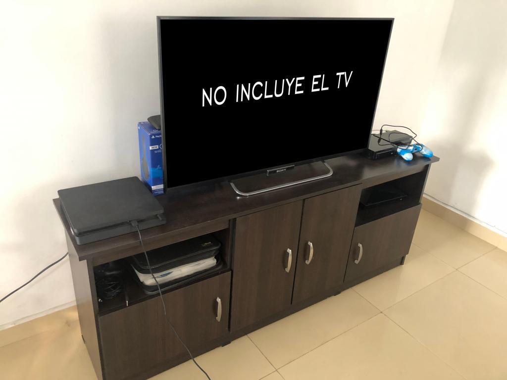 MUEBLES VARIOS: MUEBLE TV, NOCHEROS, CAMA DOBLE, SOLTERON