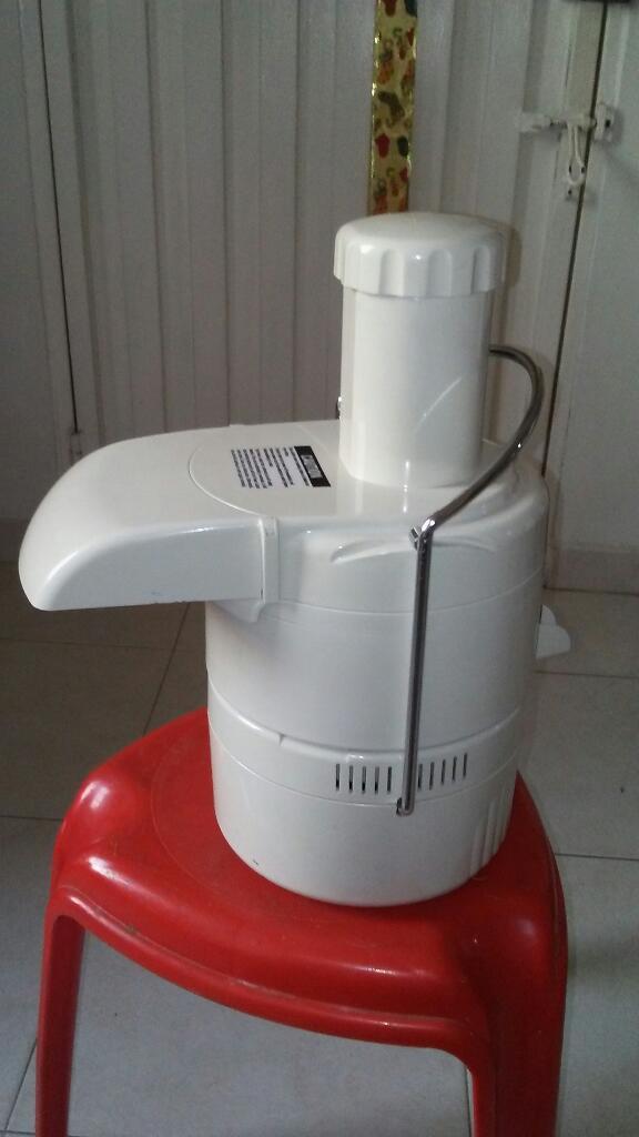Vendo Poderodo Extractor. de Jugos