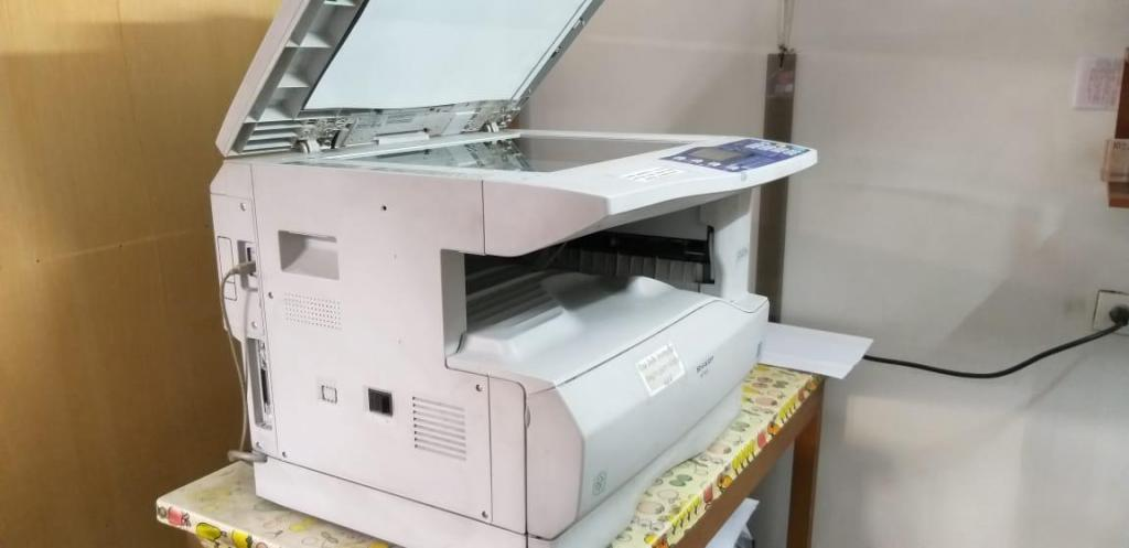 Vendo fotocopiadora Sharp ARM162