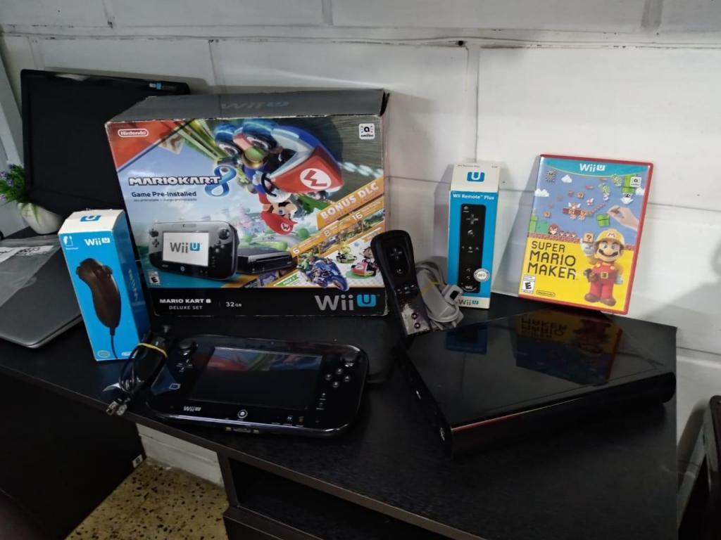 Nintendo Wii Mario Kart 8 32GB
